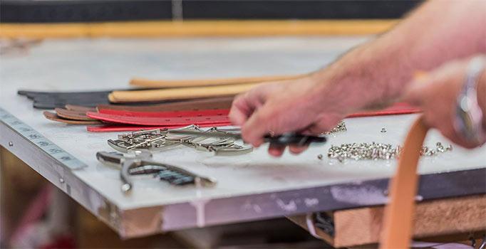 atelier-fabrication-ceinture-cuir